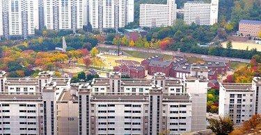 Ingwansan Hike overlooking Seodaemun Prison, Seoul Korea