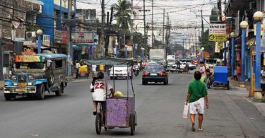 Manila Streets by Stefan Munder used under CC BY