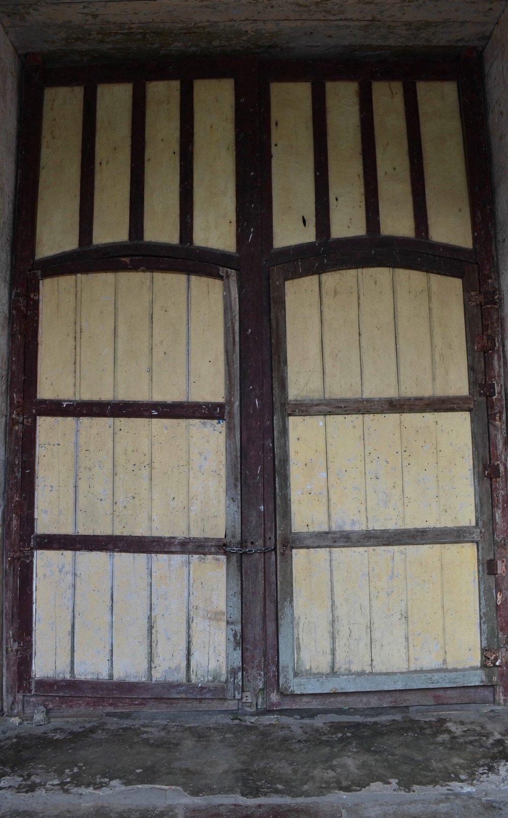 Bohol Santa Monica Cathedral doors
