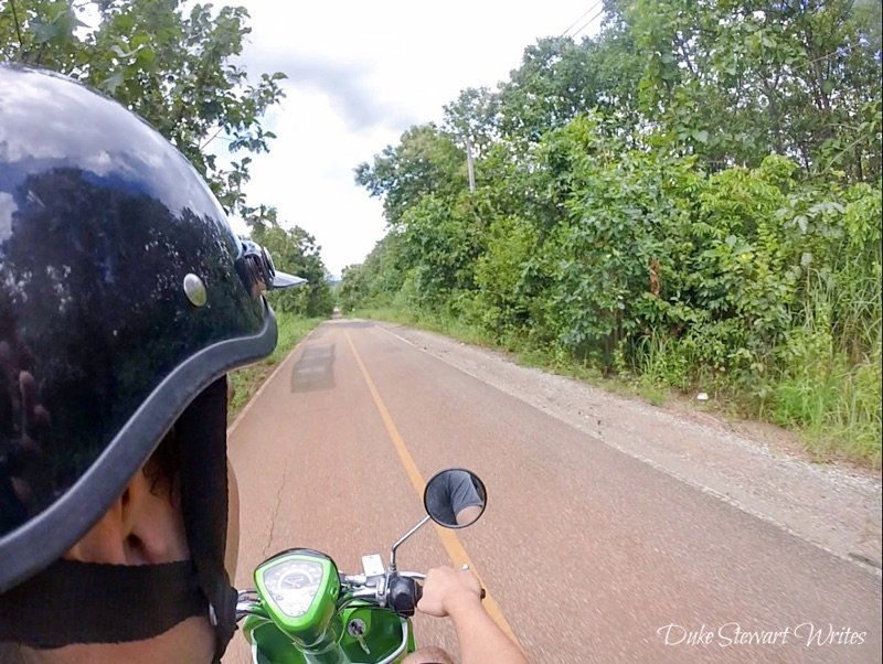 Driving around Northern Thailand towards Chiang Mai
