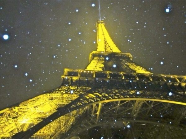 What to do in France this Winter - Photo by TJ Welch via Trover.com