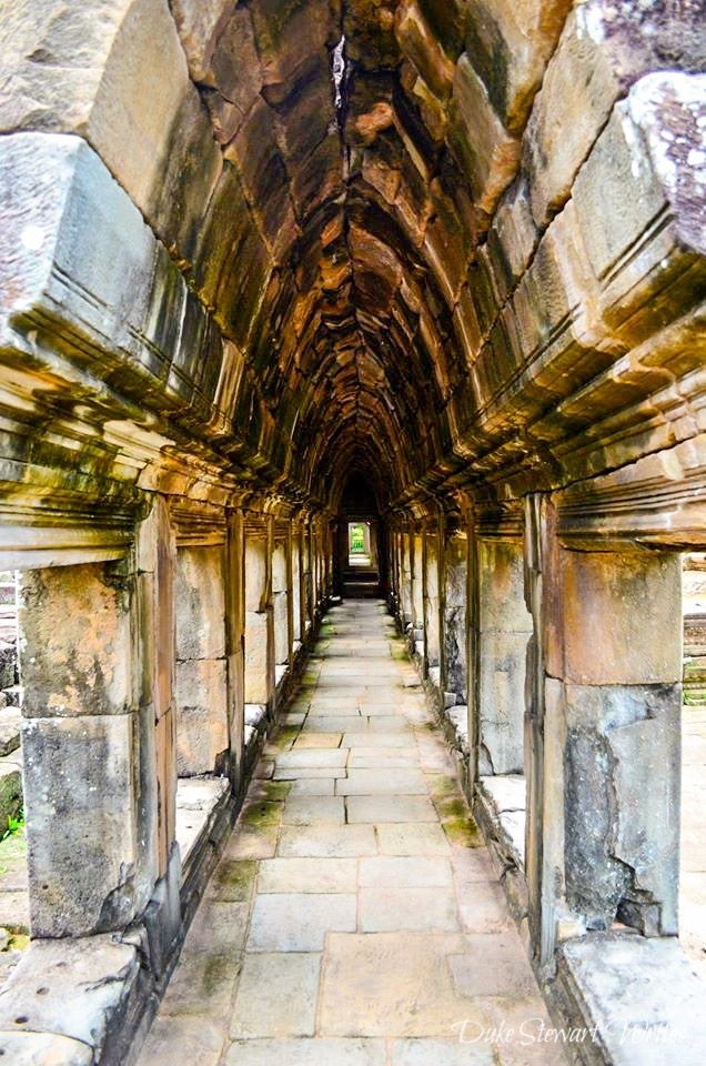 Baphuon Temple Level 2 Hallway