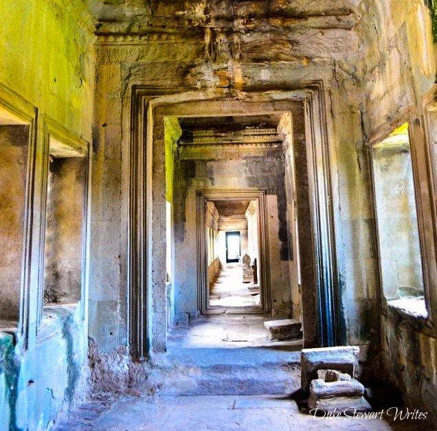 Doorways inside the Angkor Wat gallery of 1000 Buddhas