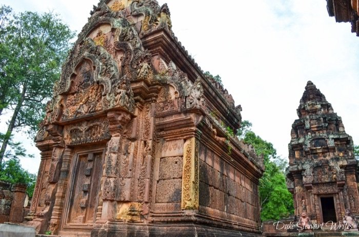 Walking about Banteay Srei, Angkor