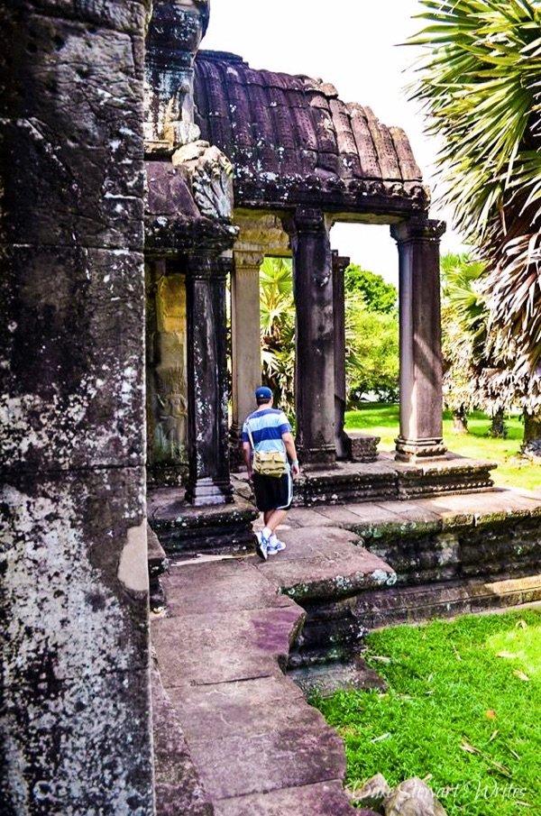 Walking around the Angkor Wat exterior wall