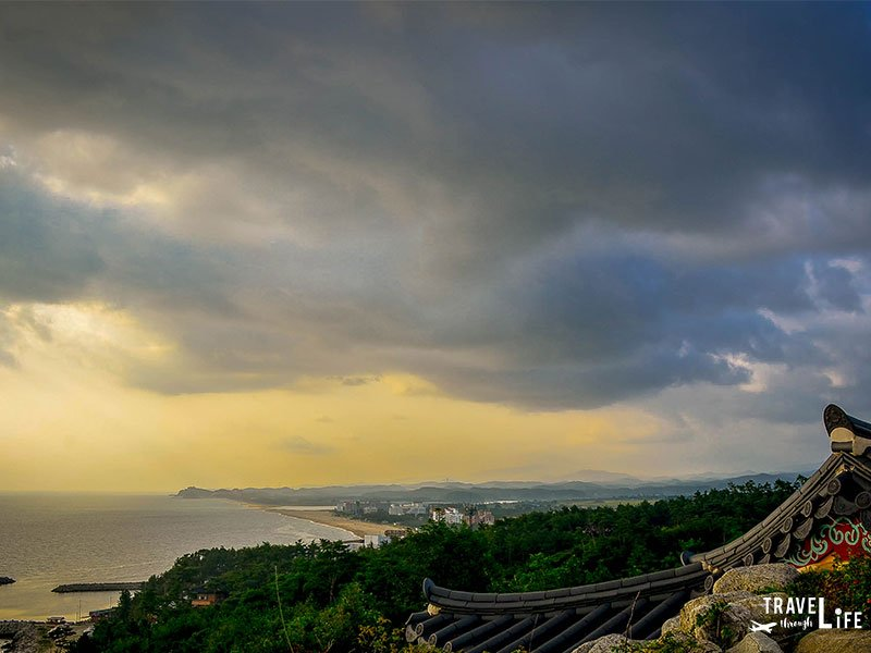 Things to do in Korea Visit Naksansa Temple