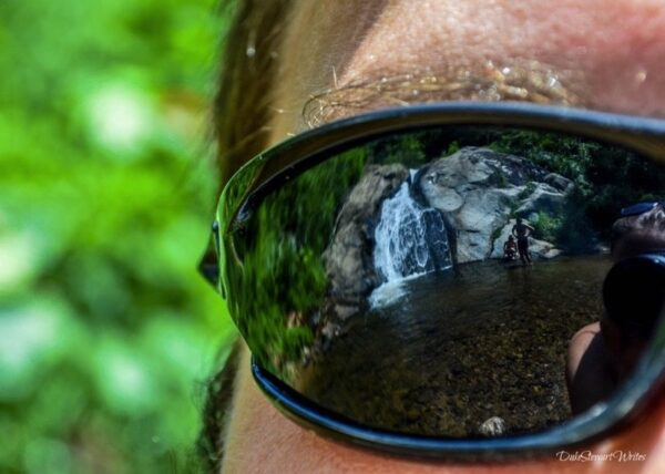Staring at Thailand Pai Mo Paeng Waterfalls