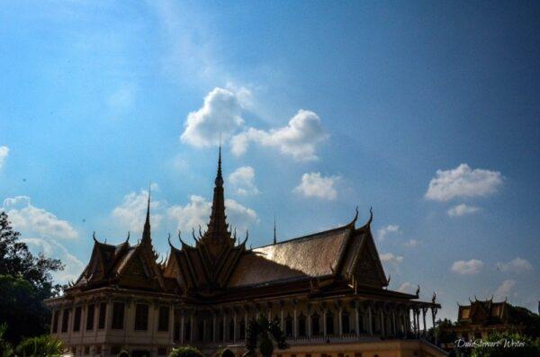 Visiting Phnom Penh Royal Palace