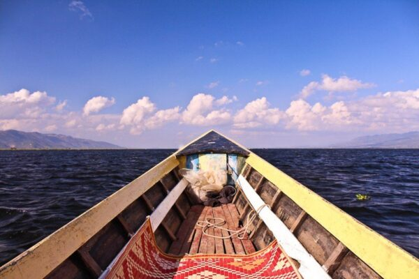 Myanmar Inle Lake Photo by Global Couple