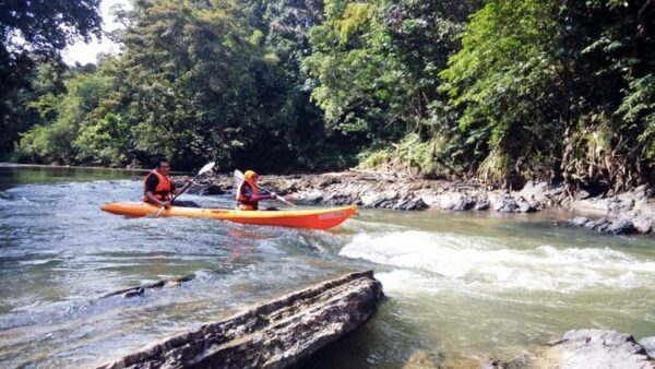 Ramble and Wander - Semadang Kayaking