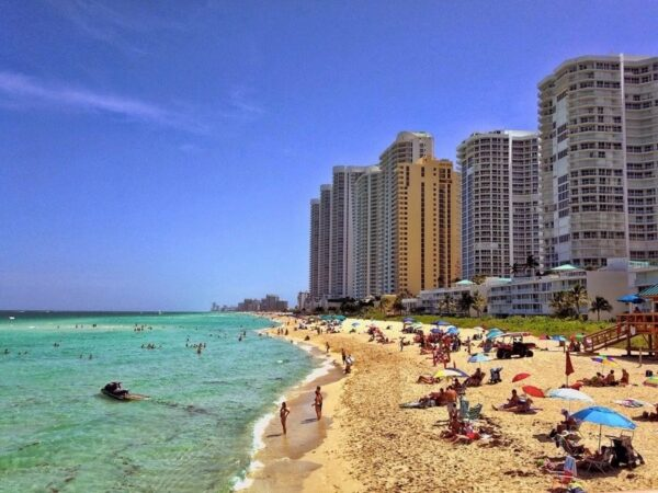 Sunny Isles Beach Hotels Photo by Esther Levy via Trover.com