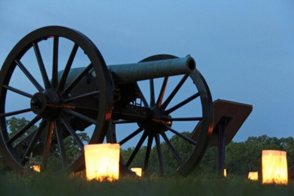 Artillery by Shiloh National Military Park is licensed under CC BY 2.0