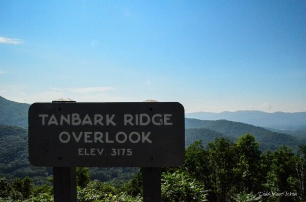 Blue Ridge Parkway Tanbark Ridge Overlook