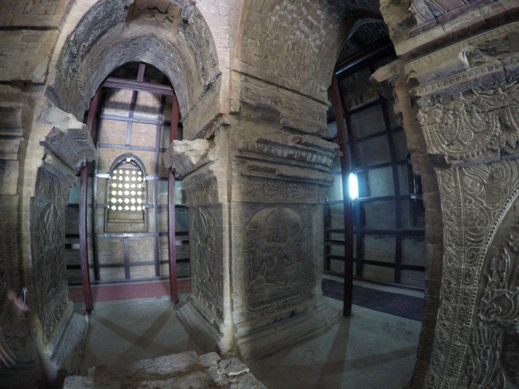 Bagan-Myanmar-Nanpaya-Inside