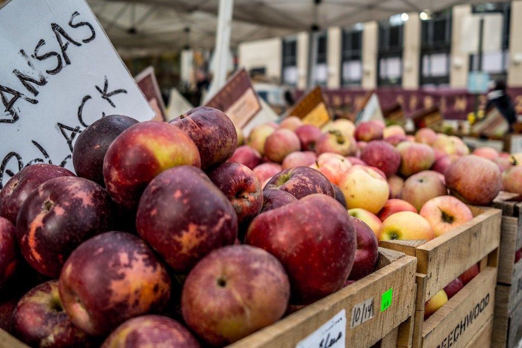 philadelphia-farmers-market-photo-via-flickr-by-phil-roeder