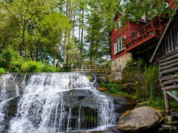 Waterfalls near Brevard NC Travel Guide Mill Shoals Falls Image