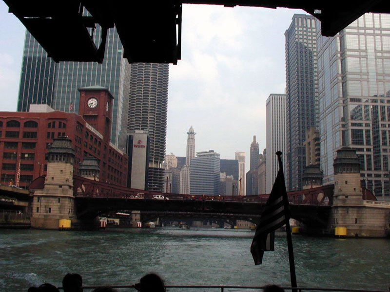 Chicago Boat Ride Photo by Flickr User SD Dirk