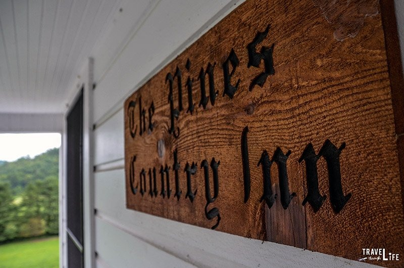 The Pines Country Inn Sign