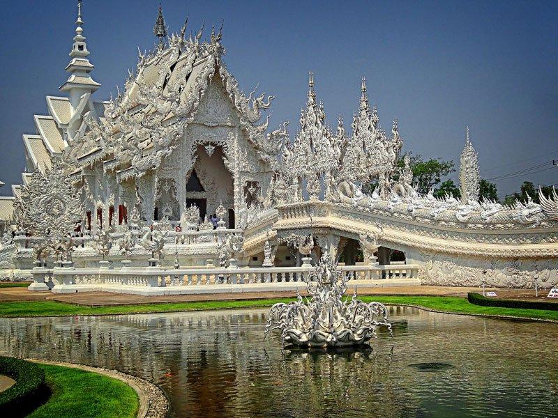 Northern Thailand Chiang Rai Wat Rong Khun Photo by Jerny Destacamento