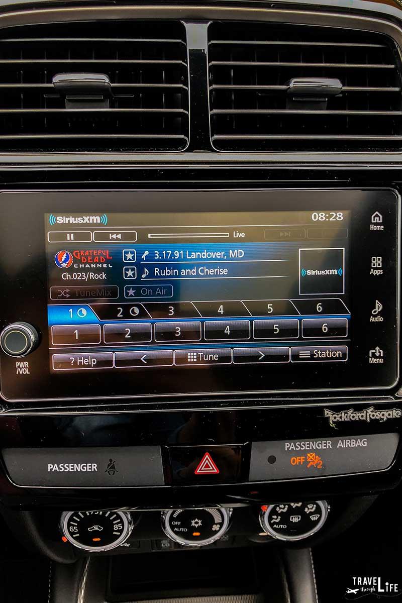 Mitsubishi SUV 2018 Touchscreen