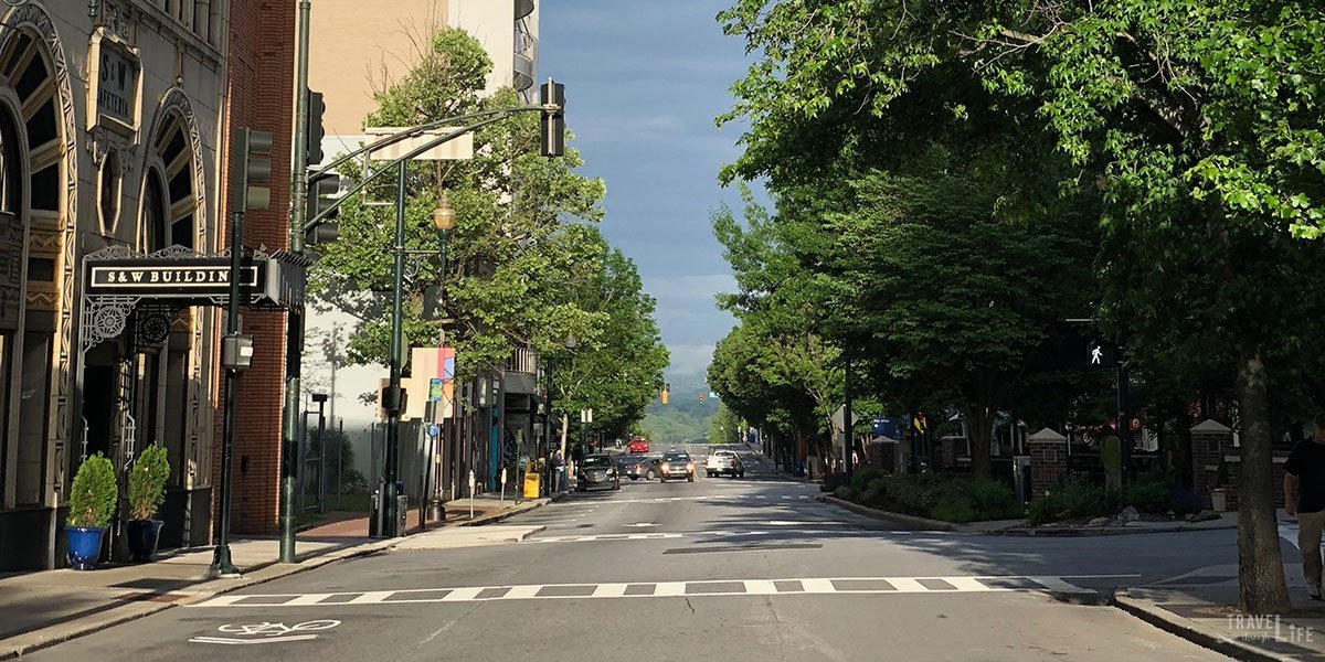 Weekend Things to Do in Asheville NC Travel Guide Featured Image