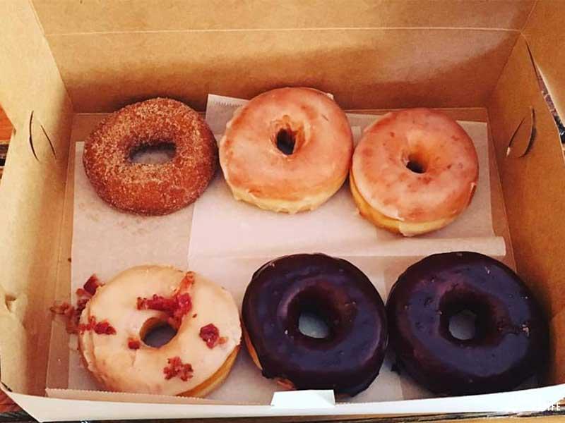 Breakfast Durham NC Monuts Donuts